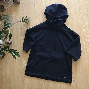 Alo yoga oversized crop sleeve hoodie